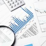 Překlenovací úvěry vstupují do června téměř beze změn