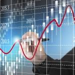 Výhoda překlenovacích úvěrů roste, nůžky úrokových sazeb se rozevírají